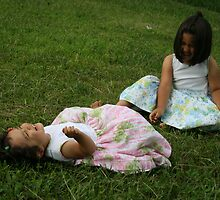 Sisters moment by Ghelly