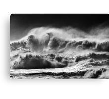 Winter Waves At Pipeline Canvas Print
