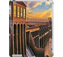 Stormy,Stormy Night,.... iPad Case/Skin