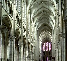 1984 Soissons nave to choir by Fred Mitchell