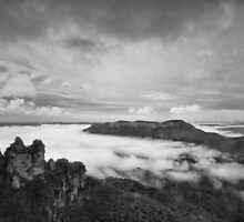 The Three Sisters, Katoomba by Adriana Glackin