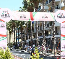 Giro d'Italia Arrival by longaray2