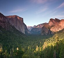 Yosemite Valley by Alistair Wilson