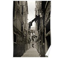 Hanging laundry in an alley in Venice Poster