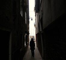 venitian dark alleys by damonvm