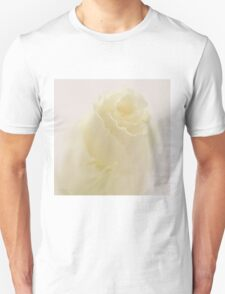 Lisianthus Macro  T-Shirt
