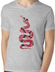 Snake Black and Red Print Mens V-Neck T-Shirt