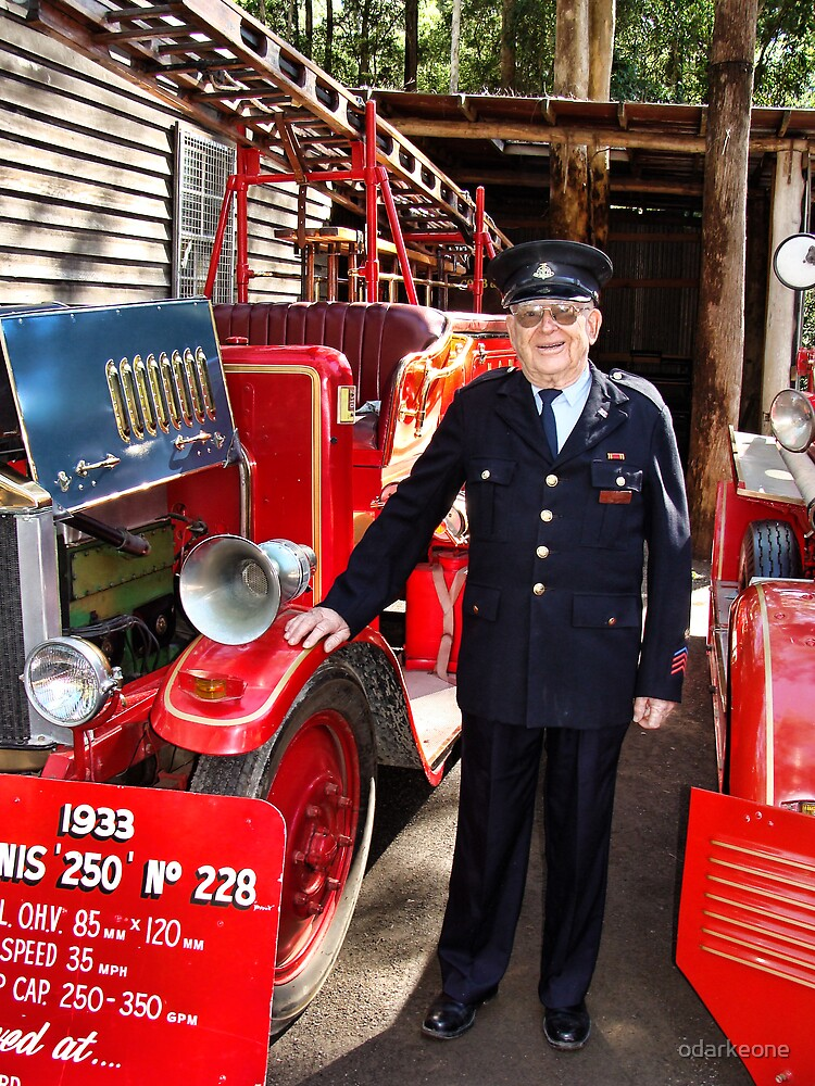 Retied Fireman & Fire Truck by odarkeone