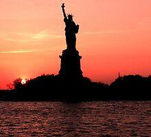 Statue of Liberty - NYC 2 by angidphoto