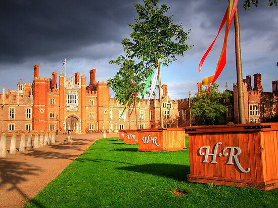 Hampton Court Palace - The Drive by Colin J Williams Photography