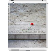 Tomb of an unknown soldier iPad Case/Skin