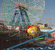 Wonder Wheel, Coney Island, NY by gailrush