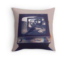 TV HEAD VINTAGE Throw Pillow