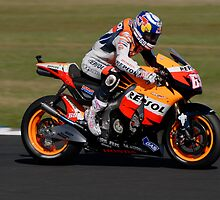 Nicky Hayden on his Honda (RC212V) by phanoongy