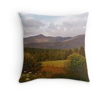 Carrauntoohil Throw Pillow