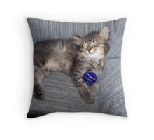 all tired out Throw Pillow