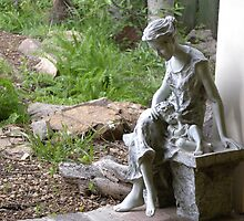 Garden Art Mother and child by Jimlhanson