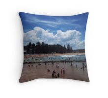 Avoca crowds Throw Pillow