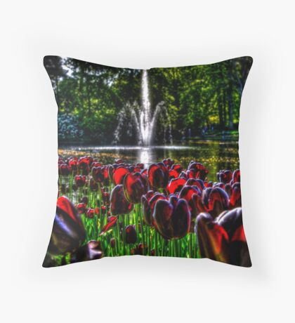 Keukenhof Throw Pillow