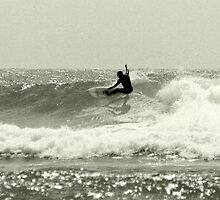 Snappper Rocks Surfer by liquidlines
