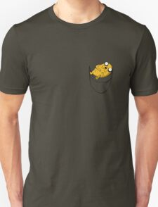Pocket Jake the dog. Adventure time T-Shirt