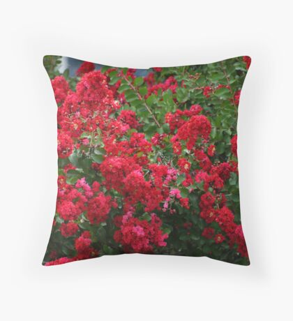 """""""RED"""" CREPE MYRTLE BUSHES Throw Pillow"""