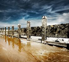 Breakwater-Colwyn Bay by maxblack