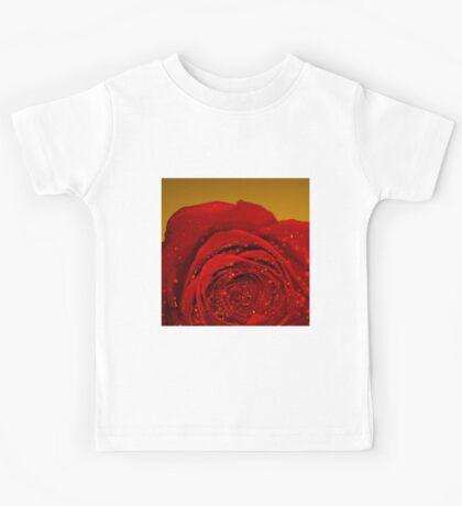 Red Rose macro Kids Tee