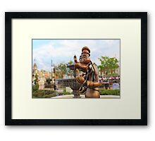 Hub Goofy Framed Print