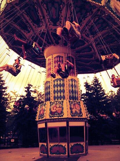 Merry men swing by schizomania