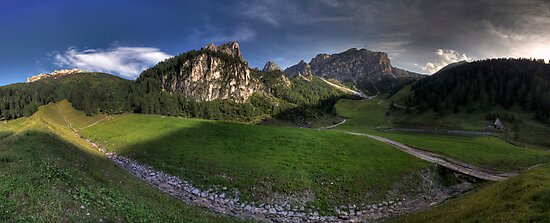 Panoramic Mountains by Stefan Trenker