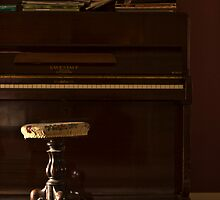 Piano by Kristian Faul