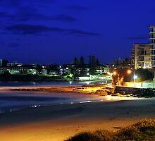 Cronulla Beach by Bill Fonseca