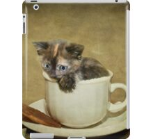 Having a 'Cat'puccino on the way to 'Cat'mando  iPad Case/Skin