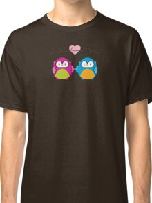 OWLS IN LOVE :: bright Classic T-Shirt