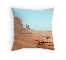 Monument Valley, Utah Throw Pillow