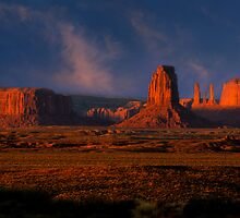 Dawn Light. Monument Valley. Arizona.  USA. by photosecosse /barbara jones