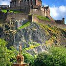 Around Edinburgh by Tom Gomez
