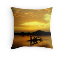 Dal Lake - II Throw Pillow
