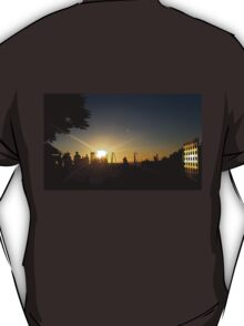 Silhouettes at Sunet T-Shirt