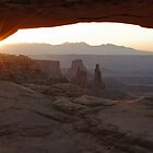 Mesa Arch at sunrise by Eivor Kuchta