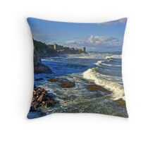 St Andrews coastline Throw Pillow