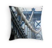 Manhattan Bridge Entrance Throw Pillow