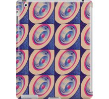 Classic Wheel 4 iPad Case/Skin