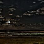 Full Moon Rise by Rod Kashubin