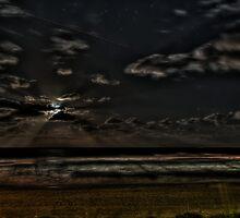Full Moon Rise by Rod Kashubin