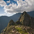Machu Picchu, Peru by Darren Newbery
