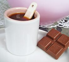 Coffee with chocolate by Paola Svensson