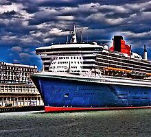 Welcome to Queen Mary 2 by LudaNayvelt