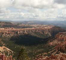 Bryce Canyon, Utah. by Finbarr Reilly